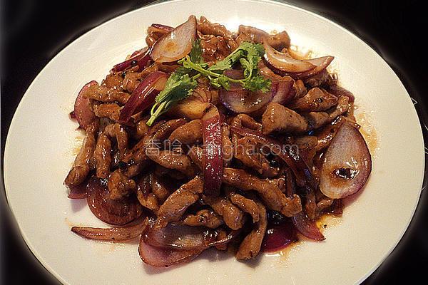 洋葱黑椒汁炒肉的做法