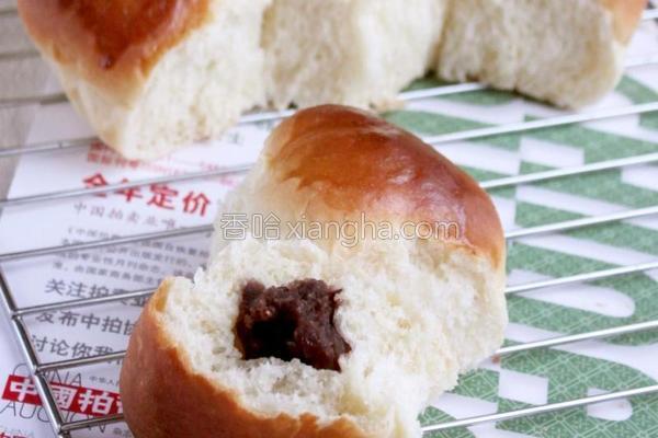 豆沙小面包的做法