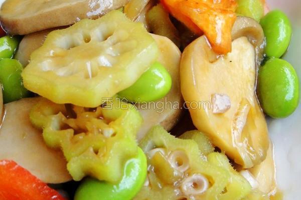 虾油草菇炒毛豆的做法_虾油草菇炒毛豆的做法