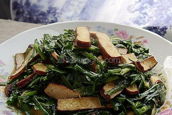 韭菜豆干小炒的做法
