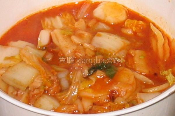 韩国辣白菜炒年糕的做法