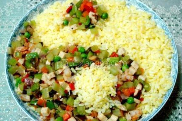 海鲜杂蔬拌炒饭的做法