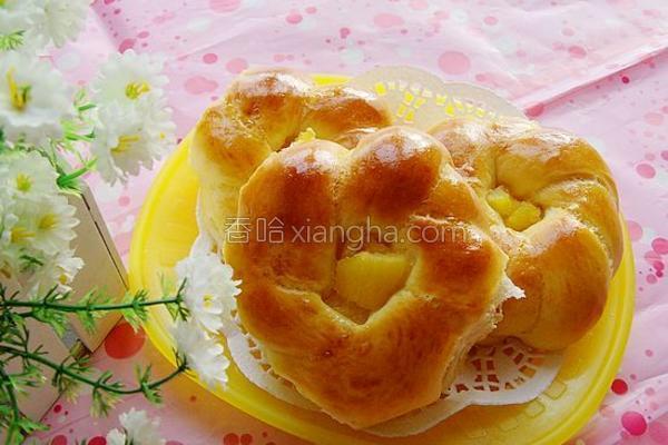 菠萝花环面包的做法