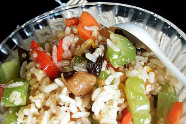 蚝油杂蔬炒饭的做法