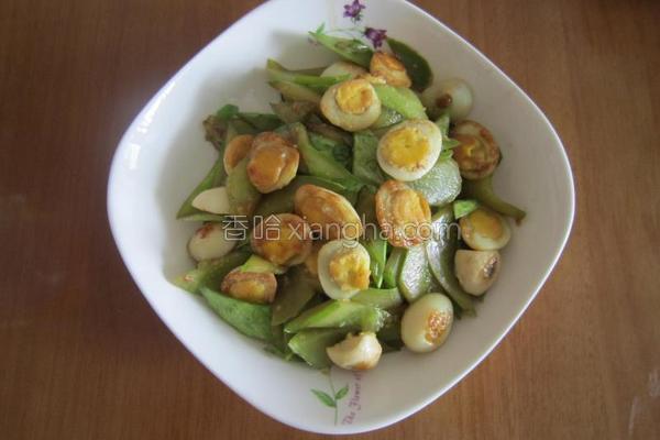 回锅鹌鹑蛋的做法