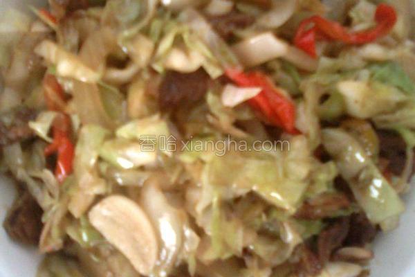 包菜炒肉片的做法
