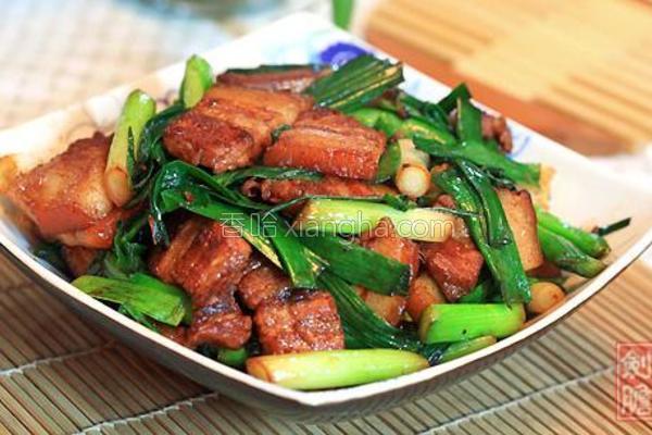蒜苗红烧肉的做法