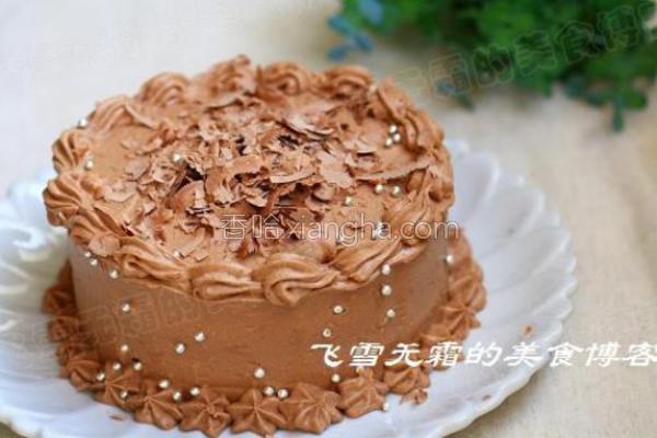 巧克力裱花蛋糕的做法