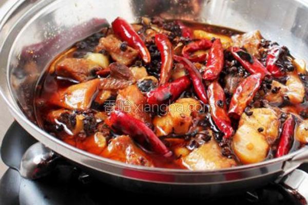 烧鸡公火锅的做法