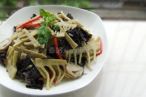 草菇黑木耳炒笋片的做法