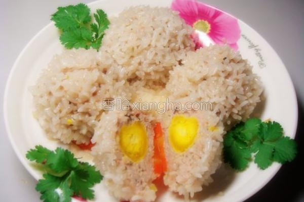糯米咸蛋黄肉丸的做法