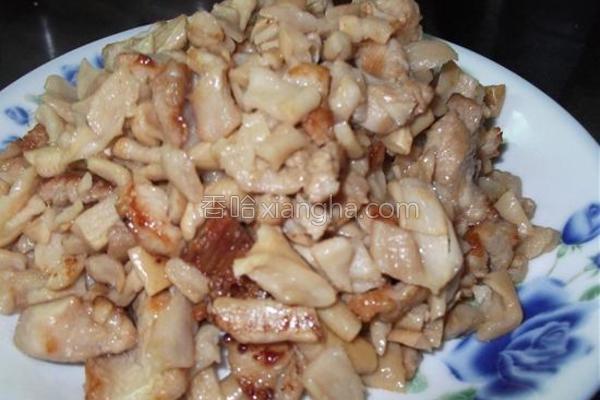 萝卜干炒肉粒的做法