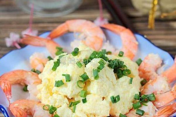 鲜嫩虾仁滑蛋的做法