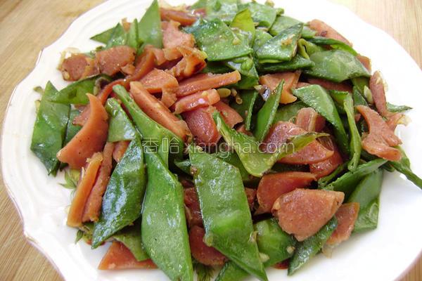 扁豆炒烤肠的做法