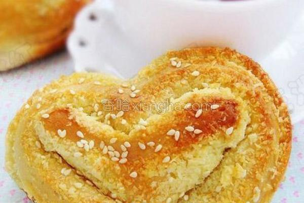 心形椰蓉面包的做法