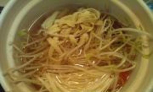 三鲜米线的做法大全 三鲜米线的家常做法视频 三鲜米线怎么做好吃 香