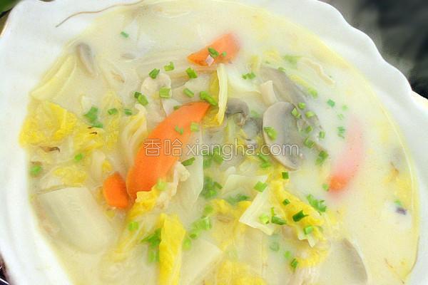 奶香白菜汤的做法