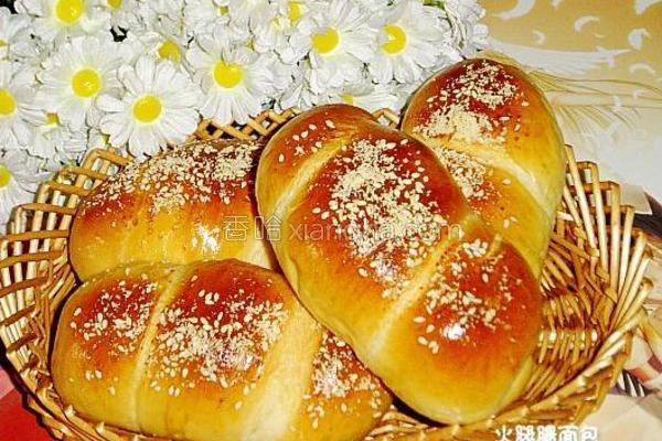 火腿肠面包的做法