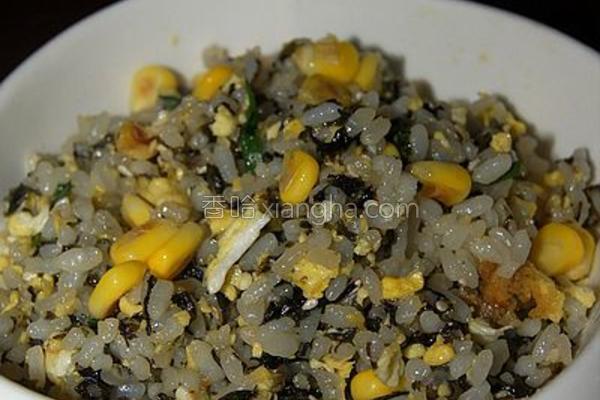 紫菜玉米粒炒饭