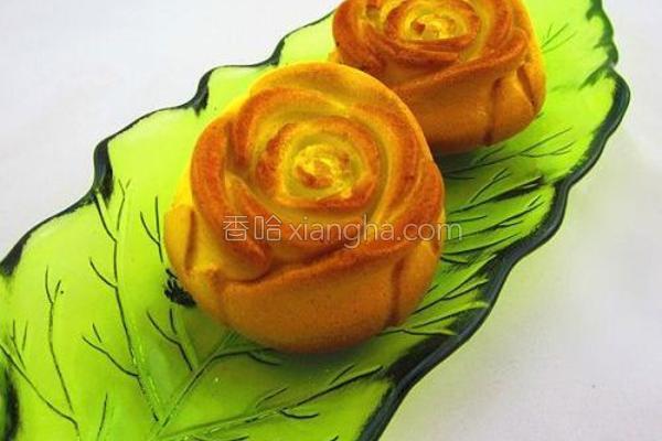 金玫瑰海绵蛋糕的做法
