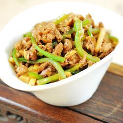 青椒笋丝炒牛肉的做法[图]