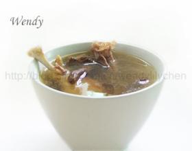 红菇老鸭汤