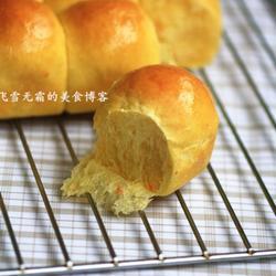 纯天然色彩胡萝卜餐包的做法[图]