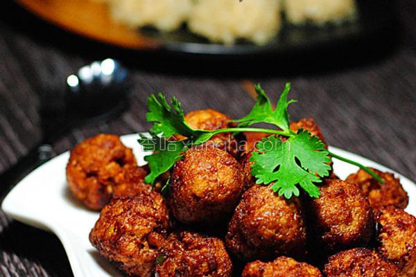 炸海苔猪肉的做法_炸猪肉丸子的丸子做法_炸哪里去买便宜的大全图片