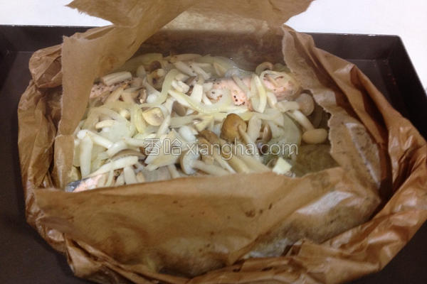 纸包鲑鱼的做法