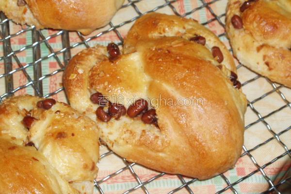 爱心面包的做法