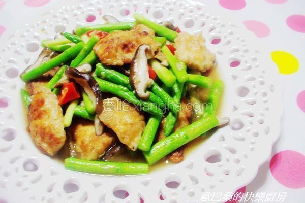 芦笋鲜菇炒鲷鱼片的做法