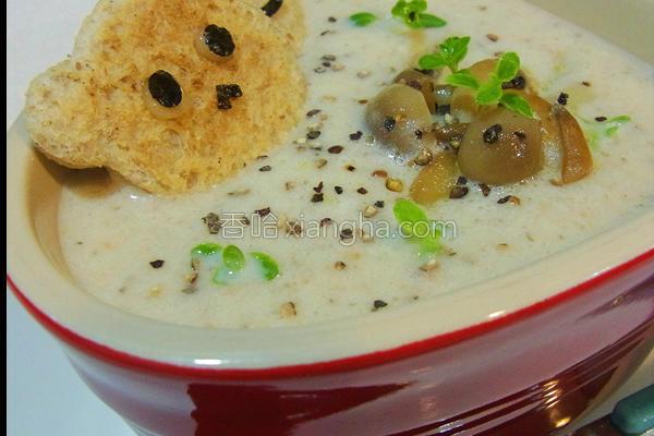 奶油野菇浓汤的做法