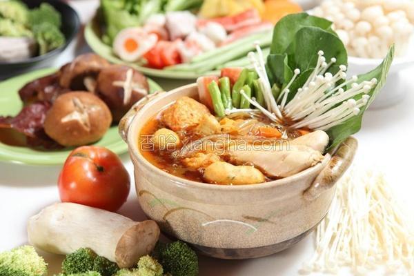 咖哩鸡肉锅的做法