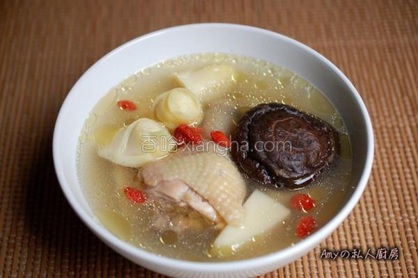 竹笋香菇鸡汤的做法