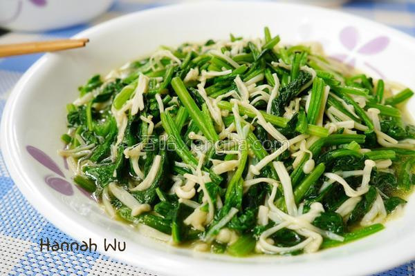 菠菜炒金针菇的做法