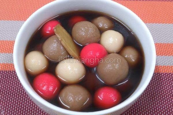 黑糖姜汁综合汤圆的做法