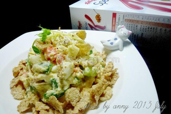 鲔鱼时蔬脆片沙拉的做法