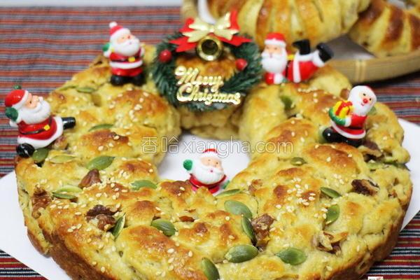 圣诞花圈咖哩面包的做法