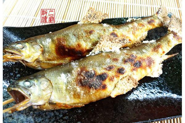 碳烤香鱼的做法