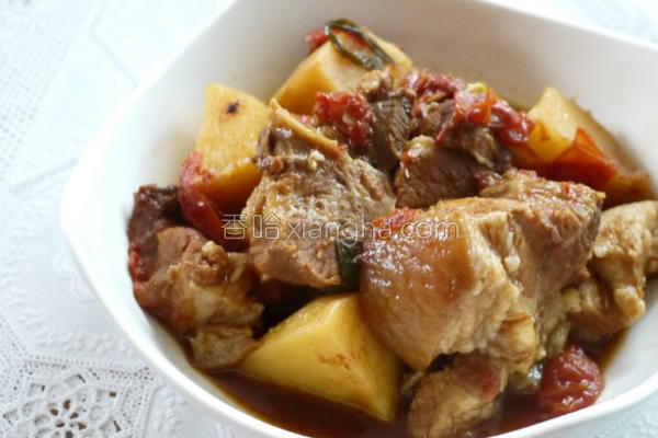 番茄马铃薯炖肉的做法