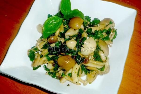 塔香奶油炒双菇的做法