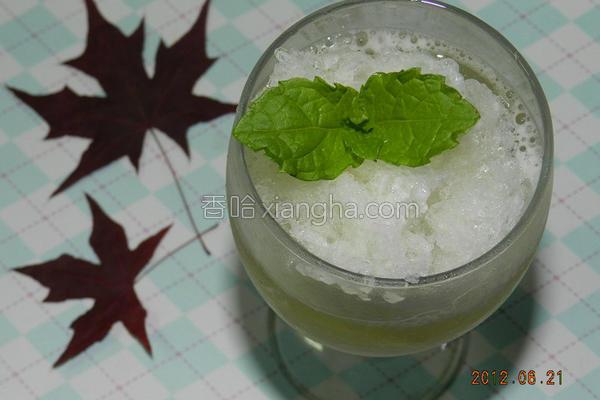 绿茶气泡饮的做法