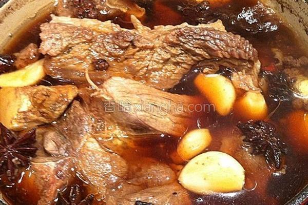 秘制清汤炆牛腩的做法
