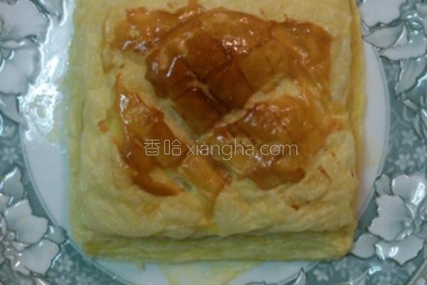 酥皮鱼松面包的做法