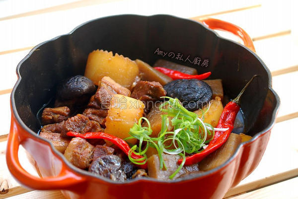 魔芋烧五花肉的做法