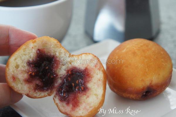 果酱甜甜圈球的做法