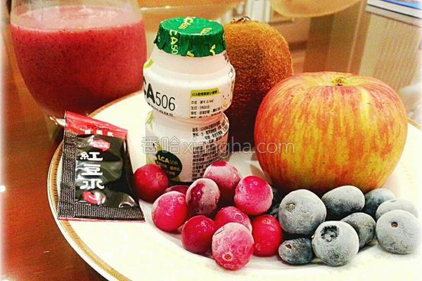 综合莓果饮的做法
