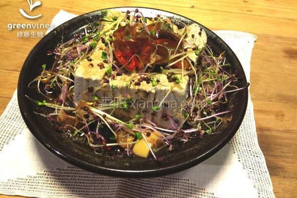 凉拌芽菜皮蛋豆腐的做法