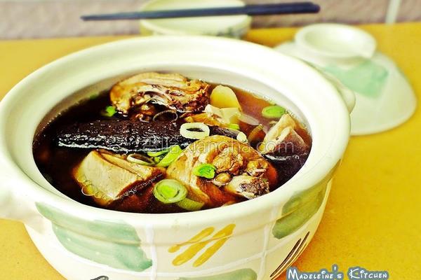 老菜脯香菇鸡汤的做法