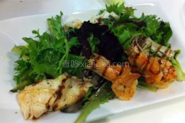 碳烤总汇海鲜沙拉的做法